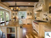 Столешница из мрамора на кухне
